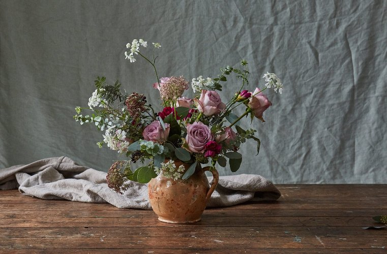 Botanique Workshop artisan floral style on botanical illustrator Charlotte Argyrou blog