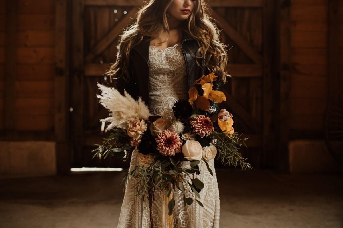 unique weddings in 2021 floral trends report